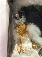 Peggy Nisbet Queen Elizabeth Doll. NOS