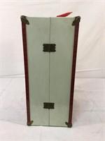 Metal vintage doll trunk (empty)