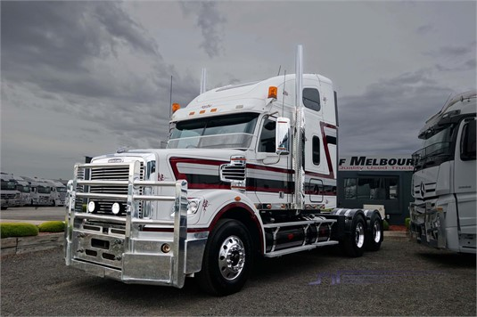 2014 Freightliner CORONADO 122 - Trucks for Sale