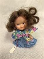 Mattel Barbie VTG, Heart Family doll & more