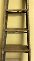 8' wooden folding step ladder