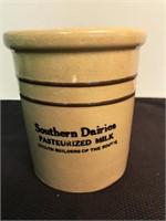 Southern Dairies Crock