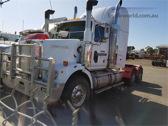 2005 Western Star 4800FX - Trucks for Sale