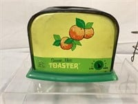 Sunny Miss tin toaster & more