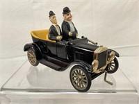 Stanlio & Ollio  auto w/ figures
