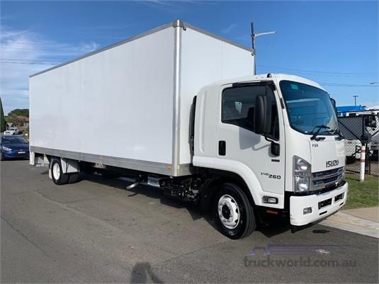 2017 Isuzu FSR 120-240 LWB - Trucks for Sale