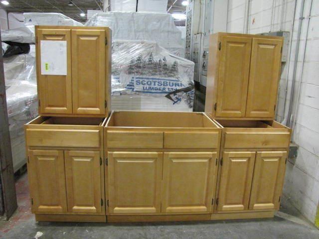 Honey Maple Kitchen Cabinet Set 7 Lambrecht Auction Inc