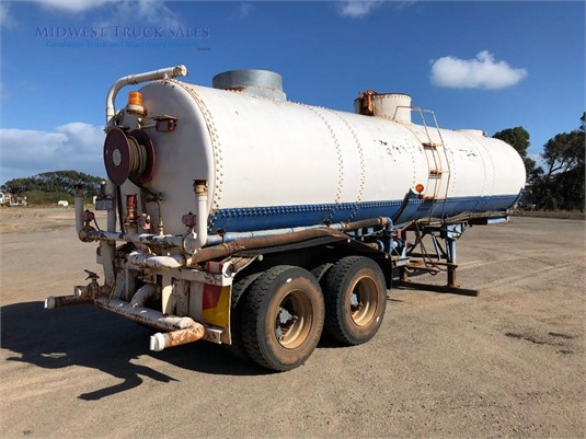1987 Custom Water Tanker Midwest Truck Sales  - Trailers for Sale