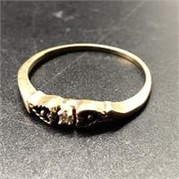 14K GOLD DIAMOND & BLACK ONYX RING SIZE 9 1/2