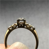 14K GOLD ENGAGEMENT RING WITH .25 CTW SIZE 5