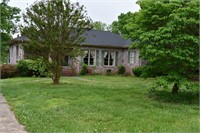 Estate home with 2,552+/- sf main floor &1,021+/- sf lower