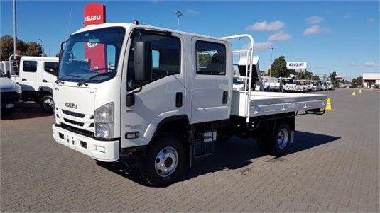 2020 Isuzu NPS - Trucks for Sale