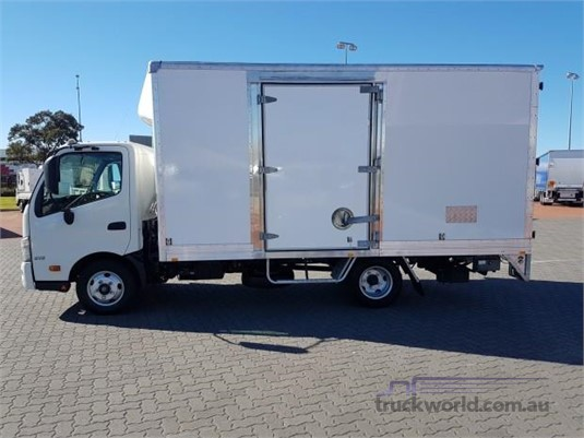 2013 Hino 300 Series 616 - Trucks for Sale