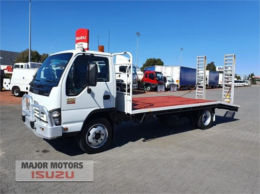 2006 Isuzu NQR Major Motors - Trucks for Sale