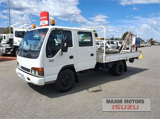 1998 Isuzu NPR Major Motors - Trucks for Sale