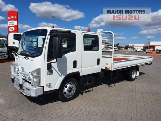 2011 Isuzu NPR Major Motors - Trucks for Sale