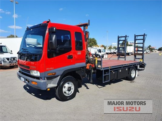 2004 Isuzu FRR Major Motors - Trucks for Sale