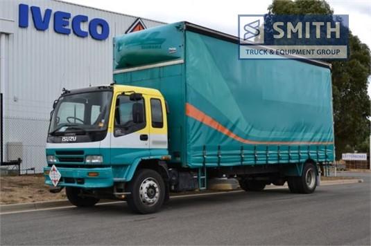 2000 Isuzu FVD 950 Smith Truck & Equipment Group - Trucks for Sale