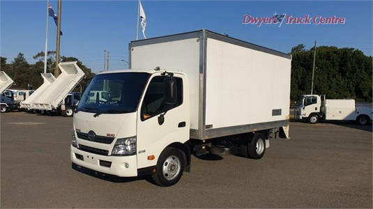 2015 Hino 300 616 Dwyers Truck Centre - Trucks for Sale
