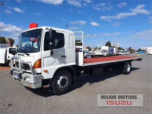 2012 Hino FG Major Motors - Trucks for Sale