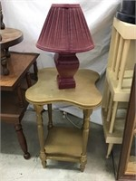 Stand 22 x 14 and lamp
