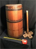 Butter churn with Stomper which is damage, 19