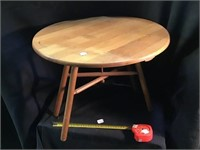 Wooden table 18 x 14, Collapsible
