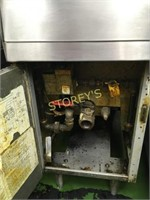 Frymaster 40 lb Gas Deep Fryer