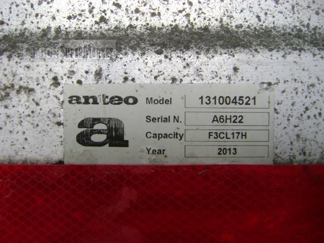 Iveco EUROCARGO 120EL22 used 2013