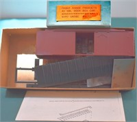 Undecorated 40ft DD Box Car Front Range HO Kit.