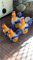 Chicken set: s&p shakers