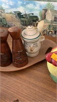 Wood salt and pepper shakers, wood plater and