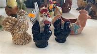 5 decorative chickens