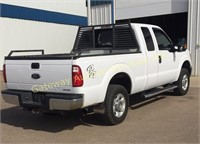 2015 Ford F-250 EXT Cab 4x4 truck