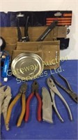 Carpenters Tool Belt with 13 Pockets, Pressure...