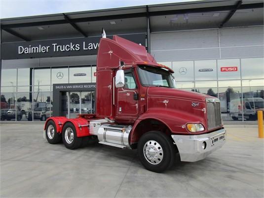 2009 International 9200 - Trucks for Sale