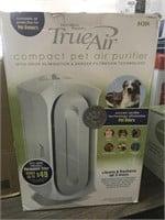 Compact pet air purifier