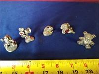 5 pewter mini figures