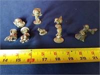 8 pewter mini figures