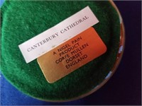 paper weight  cantibury cathedral