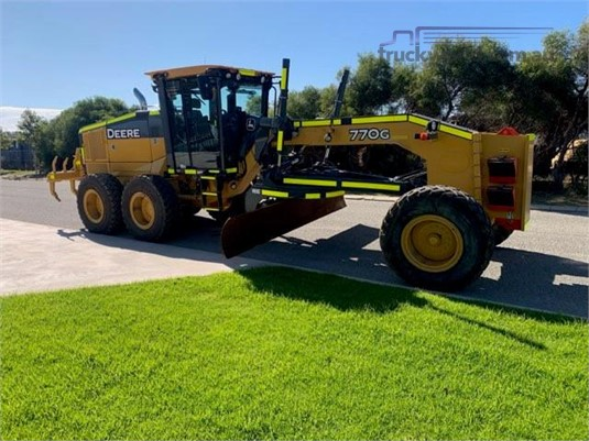 2014 Deere 770G Delco Equipment Pty Ltd  - Heavy Machinery for Sale