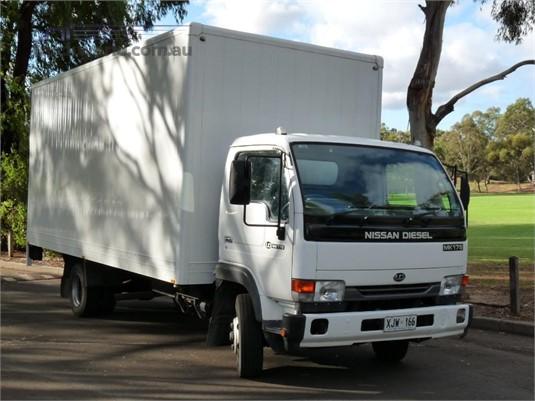 2006 Nissan Diesel MK175 - Trucks for Sale