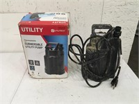 Utilitech Utility Submersible Pump Used
