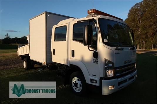 2013 Isuzu FRR 600 Crew Midcoast Trucks - Trucks for Sale