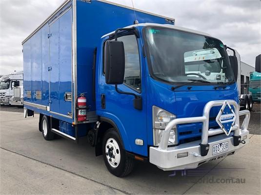 2010 Isuzu NPR Westar - Trucks for Sale