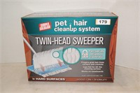 Simple Solution Pet Hair Cleanup System Sweeper