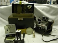 VINTAGE POLOROID CAMERA W/ CASE AND EXTRAS