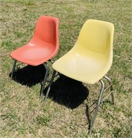 2 Fiberglass Chairs, Look like Herman Miller?
