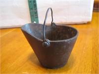 "Antique Cast Iron Coal Bucket Ashtray 2&7/8"""