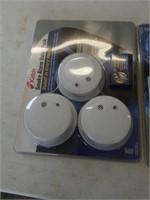 5 smoke alarms
